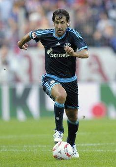 Raúl González Blanco, Almaniyanın Schalke 04 klubu, 66 oyun 28 qol 2010–2012-ci illər