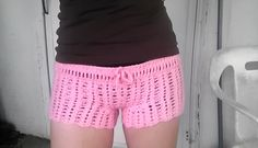 Ravelry: Chiq Shell Shorts free pattern by Mary Kathryn