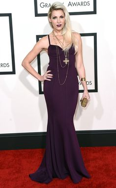 Bonnie McKee keeps her purple dress simple to let her accessories make the statement!