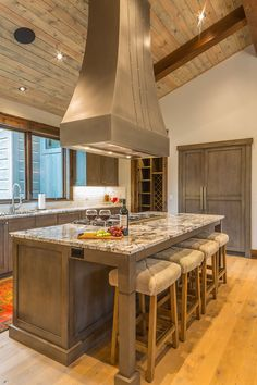 Modern Rustic Kitchen -  Spanish Peaks #rustickitchen #rusticliving #rusticdecor