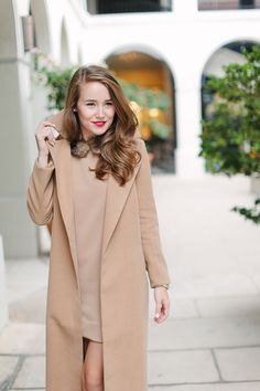 missguided coat, missguided dress, fur collar, fur collar dress, fur dress, camel coat, revlon cherry blossom, tory burch 797 mini satchel | fall fashion | fall style | fashion for fall | style ideas for fall | cool weather fashion | fashion tips for fall || a lonestar state of southern #fallstyle #camelcoat #nudeheels