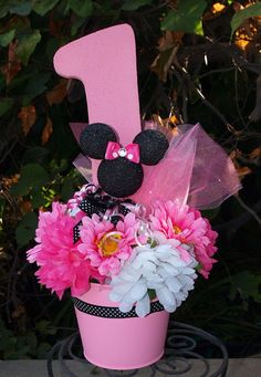 Minnie Mouse Birthday Center Piece in Pail. Perfect for your Minnie Mouse Party theme. You can select the which number to use. Minnie Mouse Theme Party, Minnie Mouse 1st Birthday, Mickey Party, Mickey Minnie Mouse, Mouse Parties, Elmo Party, Dinosaur Party, Party Party, 1st Birthday Centerpieces