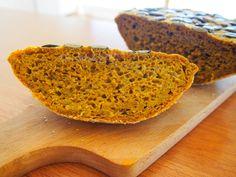 Dýňový chléb z kvásku Banana Bread, Fit, Desserts, Recipes, Hokkaido, Tailgate Desserts, Deserts, Shape, Postres
