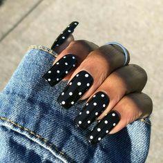 Bright Summer Acrylic Nails, Black Acrylic Nails, Best Acrylic Nails, Pastel Nails, Black Acrylics, Dot Nail Art, Polka Dot Nails, White Dots On Nails, Dot Nail Designs