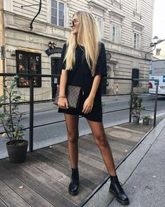 Mode Outfits, Fall Outfits, Summer Outfits, Casual Outfits, Fashion Outfits, Womens Fashion, Black Outfits, Outfits With Boots, Fashion Hacks