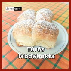 Kelt tésztából, édes túrós töltelékkel készül a túrós labdabukta. Próbáld ki a receptet, lépésről lépésre végig vezet az elkészítésen. #recept #süti #sütemény Hamburger, Bread, Food, Brot, Essen, Baking, Burgers, Meals, Breads