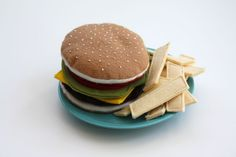 Felt Fries and Burger {grass-fed of course!} Tutorial