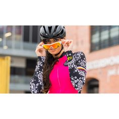Canary Hill short sleeve cycling shirt.  Bright (really bright) pink with floral design on the side and sleeves. With matching armwarmers. Funky Design, Floral Design, Pink Punch, Bright Pink, Arm Warmers, Cycling, Glamour, Womens Fashion, Sleeves
