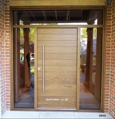 contemporary oak door and frame with fully glazed sidelights and toplight Front Door Porch, Grey Front Doors, Front Doors With Windows, Exterior Front Doors, House Front Door, House Front Design, House With Porch, Door Design, Modern Entrance Door
