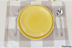 10 εύκολα project ραπτικής για αρχάριους - Ftiaxto.gr Plates, Tableware, Kitchen, Projects, Knitting, Licence Plates, Log Projects, Dishes, Dinnerware
