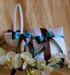 Chocolate Brown and Turquoise Wedding Colors (hmmmm, still deciding on the turquoise w/brown & ivory)