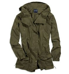 I have a jacket like this and it is the PERFECT neutral. If anyone has the chance to get one, get it. I wear it with ovesized tees on jeans, leggings, to dress down patterned skirts and dresses, etc. With a pair of beige desert shoes, this is just awesome.