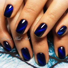 The deepest blue 🙂 loving this effect! The deepest blue :] loving this effect! Fancy Nails, Love Nails, My Nails, Toe Nail Color, Nail Colors, Blue Nail Designs, Acrylic Nail Designs, Stylish Nails, Trendy Nails