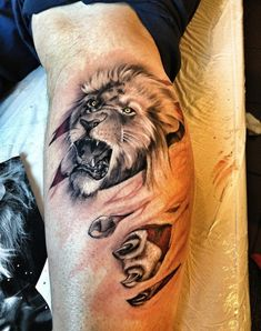 Lion tattoos epitomize strength, power, courage, and family. As the king of the jungle, lion tattoos for men are popular and masculine. And the best lion tattoo designs can have…View Post Lion Back Tattoo, Lion Shoulder Tattoo, Tribal Lion Tattoo, Lion Head Tattoos, Mens Lion Tattoo, Lion Tattoo Design, Tattoo Designs Men, Body Art Tattoos, Tattoo Art