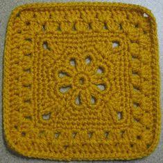 Ravelry: jewlbal3's 365 Day 30 -- Flower Granny Square