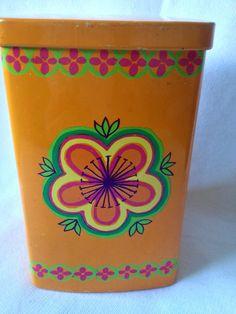 70s vintage Anita Wangel Ira tin canister. Denmark. Scandinavian design. 1970s floral