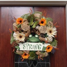 Welcome Spring Frog Wreath by HertasWreaths on Etsy