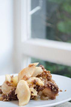 Rosewater Apple Crumble Sweet Pie, Water Recipes, Rose Water, Creative Food, Sweet Tooth, Deserts, Goodies, Treats, Apple