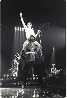 Happy Birthday Freddie Mercury! 9/4