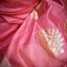 available exclusively on www.india1001.com Hand crafted textiles and ethnic wear. #india1001 #fashiondiaries #handloom #indianwear #handloomsarees #textile #ilovehandlooms #makeinindia #textilelovers #IWearHandloom #saree #indianweaves #indianwedding #loveforsaree#indian#shibori #sari#silk#dupatta #ethnicfashion #ladiesfashion #ethnicwear #CottonIsCool Silk Dupatta, Sari Silk, Handloom Saree, Cotton Saree, Ethnic Fashion, Womens Fashion, Shibori, Indian Wear, Sarees