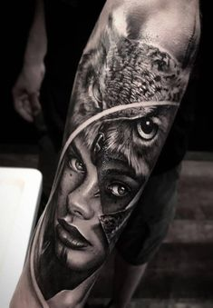 Today we're going to step again into the world of animal tattoos bringing you 50 of the most beautiful owl tattoo designs, explaining their meaning. Greek Goddess Tattoo, Greek Mythology Tattoos, Leg Tattoos, Body Art Tattoos, Sleeve Tattoos, Owl Forearm Tattoo, Lion Tattoo, Owl Tattoo Design, Tattoo Designs