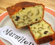 Cake aux deux olives d'un moelleux imbattable : Recette de Cake aux deux olives d'un moelleux imbattable - Marmiton