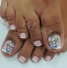 Toe Nail Art, Toe Nails, Cute Pedicures, New Nail Art Design, French Pedicure, Diva Nails, Toe Nail Designs, Bling Nails, Mani Pedi