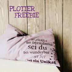 sei wunderbar {plotterliebe} PLOTTERLIEBE The post sei wunderbar {plotterliebe} appeared first on Ideas Flowers. Embroidery Flowers Pattern, Simple Embroidery, Embroidery Patterns Free, Modern Embroidery, Embroidery For Beginners, Embroidery Hoop Art, Sewing For Beginners, Broderie Anglaise Fabric, Diy Broderie
