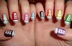 Diseños de uñas juveniles de moda, disenos uñas juveniles.   #uñasdecoradas #unhas #uñasconbrillos
