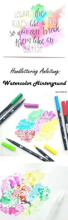 Mit dieser Handlettering Anleitung kannst du ganz einfach deine Hintergründe beim Lettering spannend gestalten. Du brauchst nur wasserbasierte Filzstifte, eine Folie und etwas Wasser. So einfach erstellst du Watercolor Hintergründe.