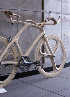 Wooden Aero Bicycle, Wheels & Cockpit by Tokyo Design Student Yojiro Oshima - Bikerumor Wooden Bicycle, Wood Bike, Wood Wood, Velo Design, Bicycle Design, Bici Fixed, Push Bikes, Fixed Gear Bike, Bike Style