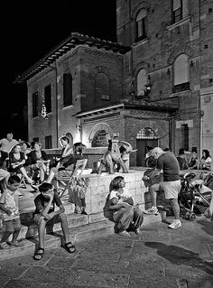 "< Life in ""Contrada"" > (Click on L you can see better...!) 