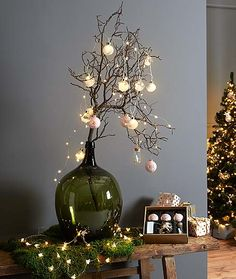 Světýlka dovnitř i ven – nyní online v Tchibo Primitive Christmas, Christmas Wood, Scandinavian Christmas, Christmas Holidays, Ramadan Decorations, New Years Decorations, Christmas Decorations, Holiday Decor, Bohemian Bedroom Design