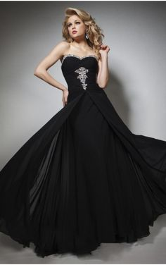 Shop 2014 New Style Awesome Prom Dress Sweetheart Beaded Black Online affordable for each occasion. Latest design party dresses and gowns on sale for fashion women and girls. Prom Dresses 2016, Girls Formal Dresses, Plus Size Prom Dresses, Black Prom Dresses, Cheap Prom Dresses, Pretty Dresses, Evening Dresses, Pageant Dresses, Women's Dresses