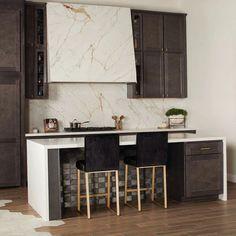 Extra-Large Format Porcelain Surfaces | Daltile Porcelain Countertops, Countertop Backsplash, Kitchen Countertops, Kitchen Cabinets, Kitchen Hoods, Stone Kitchen, Kitchen Tiles, Natural Stone Backsplash, Large Format Tile