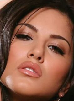 Beautiful Eyes, Most Beautiful Women, Woman Face, Girl Face, Indian Star, Pretty Asian Girl, Simple Face, Beauty Full Girl, Cute Faces