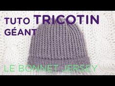 Tuto tricotin : le bonnet au point jersey / Loom knit a beanie - YouTube