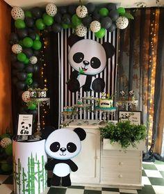 "Mirlys Cabezas D&E on Instagram: ""#babyshowerpanda#festadeluxo #personalizados #panda"" Panda Themed Party, Girls Birthday Party Themes, Wild One Birthday Party, Panda Party, Bear Party, Birthday Party Decorations, Baby Shower Balloons, Baby Shower Parties, Baby Shower Themes"