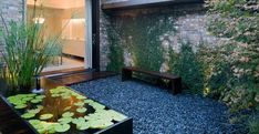 Decoracion chill out Porch And Terrace, Zen Interiors, Outdoor Seating, Outdoor Decor, Easy Vegetables To Grow, Patio Shade, Rooftop Deck, Feng Shui, Ecology