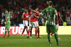 Benfica festeja mais  um golo