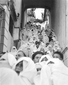 Müller Miklós.Bystanders, Tanger, Morocco, 1942