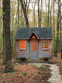 Tiny house in the woods. tiny homes крошечные дома, домики, Tiny House Blog, Tiny House Living, Tiny Cabins, Cabins And Cottages, Modern Cabins, Small Cottages, Little Cabin, Little Houses, Tiny Houses