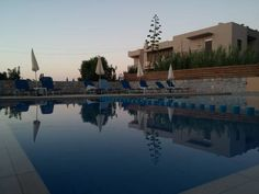 Gerona Mare Apartments Gerani Chanion Offering free WiFi and a year-round outdoor pool, Gerona Mare Apartments is located in Gerani Chanion. Chania Town is 13 km away. Free private parking is available on site.  The pet-friendly accommodation is air conditioned and is equipped with a TV.