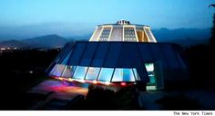 This Puerto Rico home looks like an alien space craft. Wonder what it looks like inside...    RobertJFischer.com