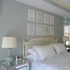 Quadros com toalhinhas de crochê - Framed crochet doilies - Gosto Disto! Decor, Indoor Decor, Furniture, Interior, Framed Doilies, Diy Decor, Bedroom Decor, Home Decor, Home Deco