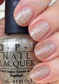 OPI My Favorite Ornament #nails #holiday #christmas