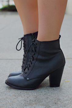 She's Got It Bootie - Black | UOIOnline.com: Women's Clothing Boutique