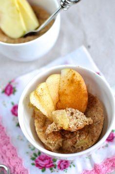 Paleo apple cinnamon muffins – in the microwave