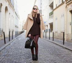 Caroline Louis is wearing a burgundy jeans from Five Jeans Pantone 2015, Marsala Pantone, Burgundy Fashion, Brown Fashion, Winter Fashion, Fashion Pants, Fashion Outfits, Womens Fashion, Fashion Trends