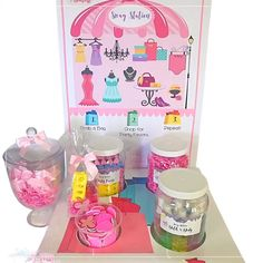 This new station lets kids make their own party bags right on the spot! Great for Birthday Parties, Kids Spas & Salon's. You can but only the supplies if needed. Kids Spa Party, Parties Kids, Birthday Parties, Diy Party Bags, Party Favors, Party Ideas, Mobiles For Kids, Mobile Spa, Home Spa